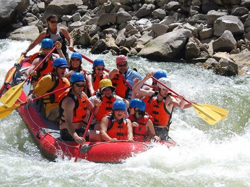 Rafting in Wind River Canyon